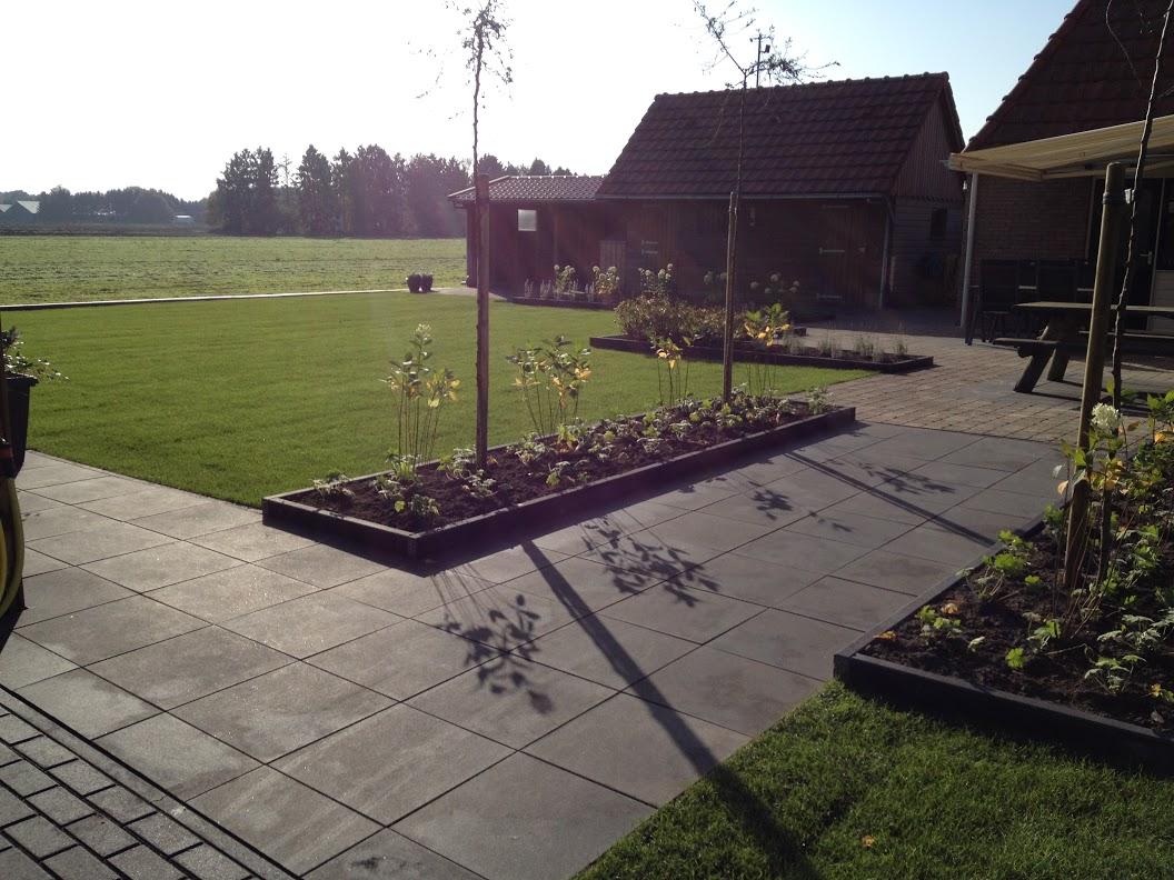 Gibu bestratingen aanneming van sier bestrating en meer in en rond drenthe - Dek een terras met tegels ...